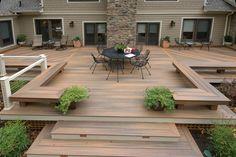 moderne Terrassen Gestaltung Dielen Sitzbank stilvoller Outdoor