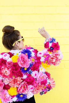 DIY Faux Flower Coat - Studio DIY : DIY Faux Flower Coat - Studio DIY This DIY faux flower coat is the perfect spring statement coat for a wedding, prom or other event! If you can work a hot glue gun, you can make this coat! Faux Flowers, Real Flowers, Diy Flowers, Bright Flowers, Flower Ideas, Flower Crafts, Costume Fleur, Flower Costume, Diy Vintage