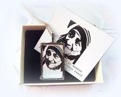 Saint Teresa of Calcutta. Mother Teresa Catholic Necklace. Religious Catholic…