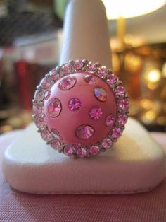 Vintage Retro Mod Ring Round Pink Cabouchon Aurora Borealis Crystals 6