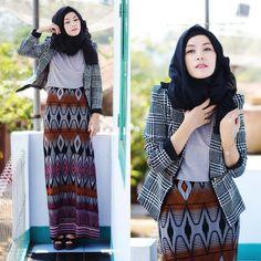 "muslimwomenwearclothestoo: ""For More wisdom/arab/fashion Stuff ▶▶☪ http://muslimwomenwearclothestoo.tumblr.com ☪◄◄ """