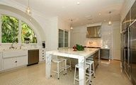 Sun-Drenched Gourmet Kitchen in Miami | coolhouses.frontd...