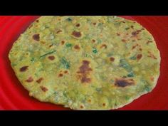 Dudhi Na Thepla Bread Made with Bottle Gourd INGREDIENTS 1 cup wheat flour 1 cup millet flour 1 cup bottle gourd, grated 2 tbsp oil tsp turmeric powder 1 tsp chilli powder Indian Food Recipes, Vegetarian Recipes, Snack Recipes, Healthy Recipes, Ethnic Recipes, Naan Roti, Indian Flat Bread, Breakfast Snacks, How To Make Bread