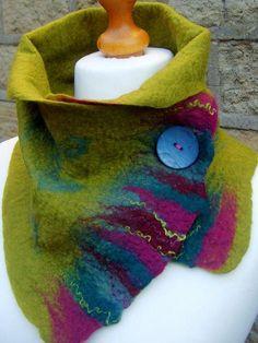 Felted scarf wool felted scarf felt scarf merino wool scarf winter scarf Green scarf cuello de fieltro Más The post Felted scarf wool felted scarf felt scarf merino wool scarf winter scarf Green scarf appeared first on Wool Diy. Nuno Felt Scarf, Wool Scarf, Felted Scarf, Nuno Felting, Needle Felting, Felting Tutorials, Wet Felting Projects, Handmade Scarves, Felt Art