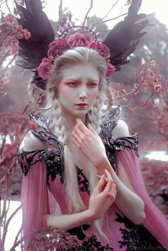 Exquisite capture by Lillian Liu Photography! 'Winter Rose' [Alice Corsets and MyWitchery . Fantasy Photography, Fine Art Photography, Street Photography, Maria Amanda, Poses, Winter Rose, Aesthetic People, Maquillage Halloween, Photo Makeup