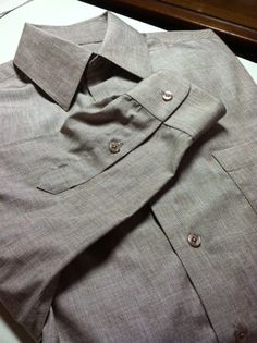 Sew Much Fashion : My Husband's Shirt: Flat Fell Seam on Sleeve Very clever flat fell technique.