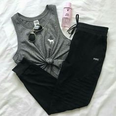 sporty outfits with shorts Legging Outfits, Sporty Outfits, Pink Outfits, Athletic Outfits, Dress Outfits, Summer Outfits, Fashion Outfits, Athletic Wear, Fitness Outfits