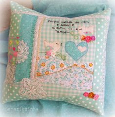 cute handmade pillow - oh my GOSH how lovely. It's something out of a story book! a little mouse in a coconut shell bed sleeps with one of these.