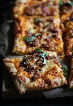 sausage & smoked mozzarella pizza with sweet potato bechamel www.climbinggriermoutain.com II