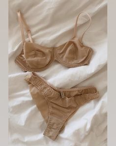 Jolie Lingerie, Lingerie Outfits, Pretty Lingerie, Lingerie Set, Women Lingerie, Lingerie Sleepwear, Nightwear, Girly Outfits, Fashion Outfits