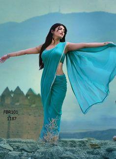 Exclusive stunning photos of beautiful Indian models and actresses in saree. Beautiful Girl Indian, Beautiful Girl Image, Most Beautiful Indian Actress, Beautiful Saree, Simply Beautiful, Beautiful Pictures, Cute Beauty, Beauty Full Girl, Beauty Women
