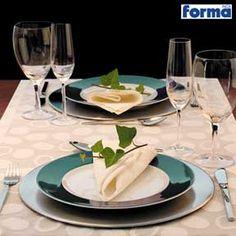 Amo comer em uma mesa bem posta, tanto em casa, como num jantar a dois.