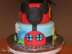 Mickey Mouse Clubhouse cake I did for a little guy's Birthday! Vanilla cake with vanilla buttercream filling, covered with red and blue fondant. Mickey's ears were a fondant/gum paste mixture to add stability since they were standing above the edge o Nowadays, Donald duck may be known around the globe.