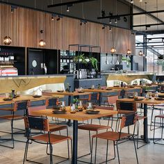 Silvertop Ash battens and decking at Levantine Hill Estate Winery fit out, Yarra Valley, Melbourne. Design: Molecule & Fender Katsalidis Architects. Build: Krongold Constructions. Timber: Timber Revival.