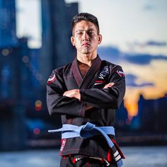 New Gi collection available now for USA, Canada and Mexico. Discover the very new Elite Light, the lightest Pro Gi ever made. #Venum #venumteam #venumgi #venumbjj #bjj #bjjgi #bjjnyc #nyc #brooklyn #elite #sunset #bjjmaster #bjjlifestyle