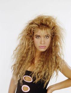 twenty pictures of 80s style big hair hair styles pinterest