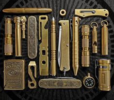 Brass EDC Everyday CarryYou can find Everyday carry and more on our website. Edc Tools, Survival Tools, Camping Survival, Survival Items, Survival Stuff, Edc Carry, Carry On, Edc Tactical, Tactical Truck