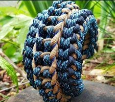 Wide Paracord Bracelet