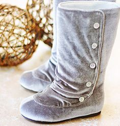 Brynn Boots Size 8