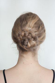 10 Easy Hair Styles For Long Hair