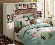 room for teenage girls. Love that round quilt.