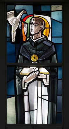 lf_glass_2706 | Stained glass windows in Founders Chapel. Saint Thomas Aquinas. Lee Ferris/MOUNT SAINT MARY COLLEGE