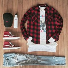 Outfit grid - Red & black checked shirt Outfit grid - Red & black checked shirt Source by beeffajitamarinade Outfits mens Vans Outfit Men, Dope Outfits, Fashion Outfits, Vans Men, Men's Outfits, Fashion Shoes, Casual Outfits, Streetwear Mode, Streetwear Fashion