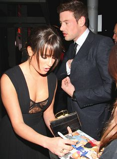 (New Photos) More Lea Michele and Cory Monteith signing autographs outside Paley Center on February Glee Cory Monteith, Lea And Cory, Glee Fashion, Tv Show Couples, Finn Hudson, Glee Club, Rachel Berry, Naya Rivera, Dianna Agron