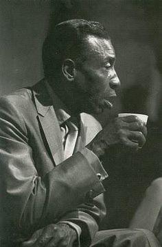 T-Bone Walker, between jazz and blues