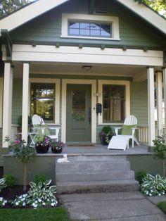 Ideas For House Exterior Colors Cottage Porches Bungalow Exterior, House Paint Exterior, Craftsman Bungalows, Exterior House Colors, Bungalow Porch, Craftsman Exterior Colors, Exterior Trim, Cottage Porch, Cottage Style
