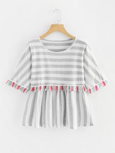 Shop Plus Contrast Stripe Tassel Trim Tee online. SHEIN offers Plus Contrast Stripe Tassel Trim Tee & more to fit your fashionable needs. Plus Size T Shirts, Plus Size Blouses, Plus Size Tops, Teen Fashion Outfits, Womens Fashion, Looks Style, My Style, Cooler Look, T Shirts For Women