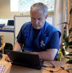 Operativ leder Terje Stene fra Norske Redningshunder leder søksarbeidet for redningshundeekvipasjene i Østfold.