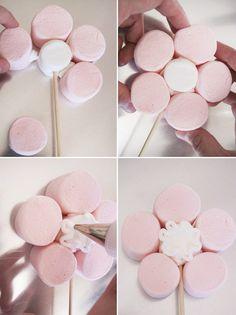Faça você mesmo(a): ramalhete de flores de marshmallow