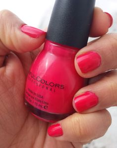 Sinful Colors - Folly I love this red! Perfect red on me (but chips so quick)