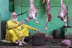 Jamil meat shop in #varanasi #uttarpradesh #india. January 20 2017. #people #travel #all_mypeople #bnw_magazine #color #documentary #eyeem #everydayeverywhere #great_portraits #great_captures_people #igers #insta_anadolu #people_storee #peoplescreative #people_and_world #phototag_it #photo_storee #photooftheday #re_tratos #street_portrait #streetlife_award #street_photo_club #uptourism #uttarpradeshtourism