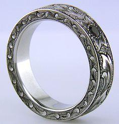 Hand Engraved Wedding Bands - Bijoux Extraordinaire