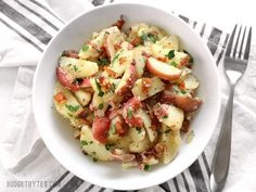 German Potato Salad is tossed in a deliciously sweet and tangy mayo-free dressing with bacon, mustard, and vinegar. Perfect for potlucks! Bacon Recipes, Pasta Recipes, Salad Recipes, Cooking Recipes, Healthy Recipes, Potato Recipes, Keto Recipes, Potato Side Dishes, Main Dishes
