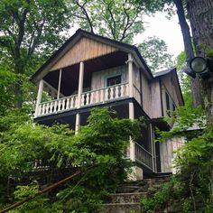 Unplugging in a Rustic Hudson Valley Retreat
