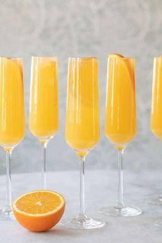 Orange Juice Cocktails, Cocktails Made With Gin, Sparkling Grape Juice, Strong Cocktails, Easy Cocktails, Classic Cocktails, Brunch Drinks, Cocktail Recipes, Brunch Recipes