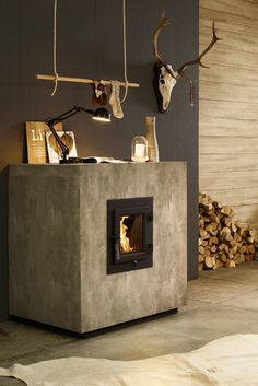 Brunner basic ovens flat The basic furnace in small format: the KFR from BRUNNER. This small basic stove is a source of ener Faux Fireplace Mantels, Tall Fireplace, Fireplace Hearth, Fireplace Surrounds, Fireplace Design, Ethanol Fireplace, White Wash Fireplace, Classic Fireplace, Industrial Fireplaces