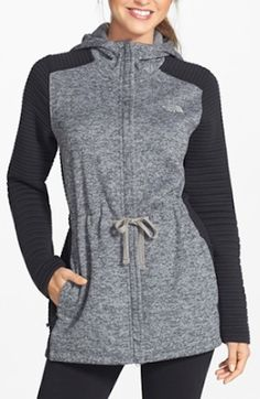 belted grey North Face hoodie http://rstyle.me/n/riakzr9te