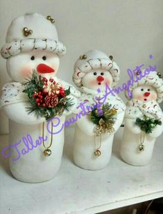 Snowman Christmas Decorations, Christmas Arts And Crafts, Felt Christmas Ornaments, Snowman Crafts, Christmas Sewing, Diy Christmas Tree, Christmas Angels, Christmas Snowman, Christmas Projects