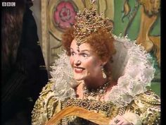 Where's My Pressie? - Blackadder - BBC - YouTube