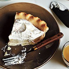 Chai Cream Pie from Cooking Light #Pie #Chai #Cooking_Light