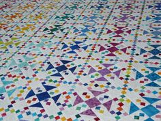 2 block quilt  http://www.quiltingboard.com/pictures-f5/just-about-finished-omigosh-quilt-t217824.html