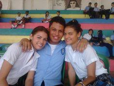 Momentos inolvidables en mi excolegio #eva #rocio #school #recuerdos