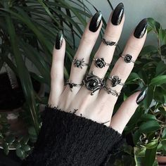 Witchy nails December 09 2019 at Hand Jewelry, Cute Jewelry, Boho Jewelry, Fashion Jewelry, Jewellery, Witchy Nails, Goth Nails, Olivia Emily, Estilo Dark