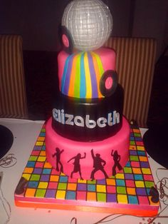 Fabulous 80´s and Disco were the theme of the party that inspired this cake