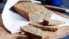 Low Carb Brot mit Nüssen