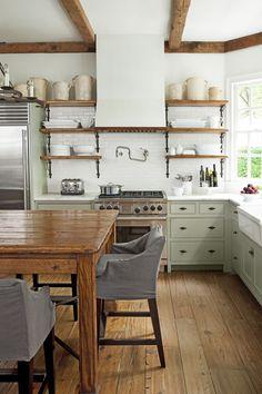 Farmhouse Kitchen Tables, Rustic Kitchen, Country Kitchen, Kitchen Decor, Kitchen Ideas, Rustic Farmhouse, Rustic French, Kitchen Designs, Kitchen Interior